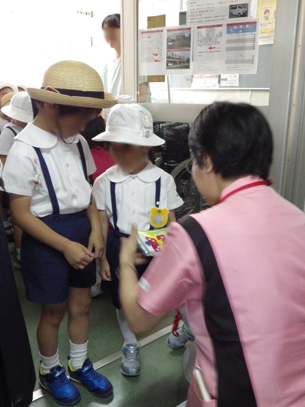 2018花の日 むつみ幼稚園 入院患者様宛 カード持参